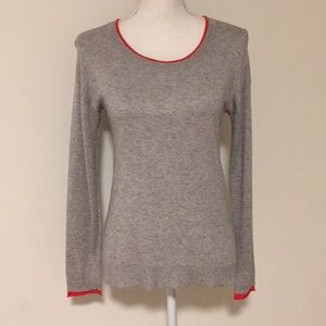 Joie Gray Knit Top w/ Red Lined Detail!!